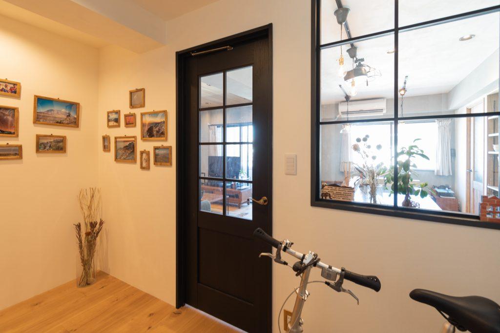 リノベーション,マンション,事例,玄関,室内窓,感想,インタビュー,東京