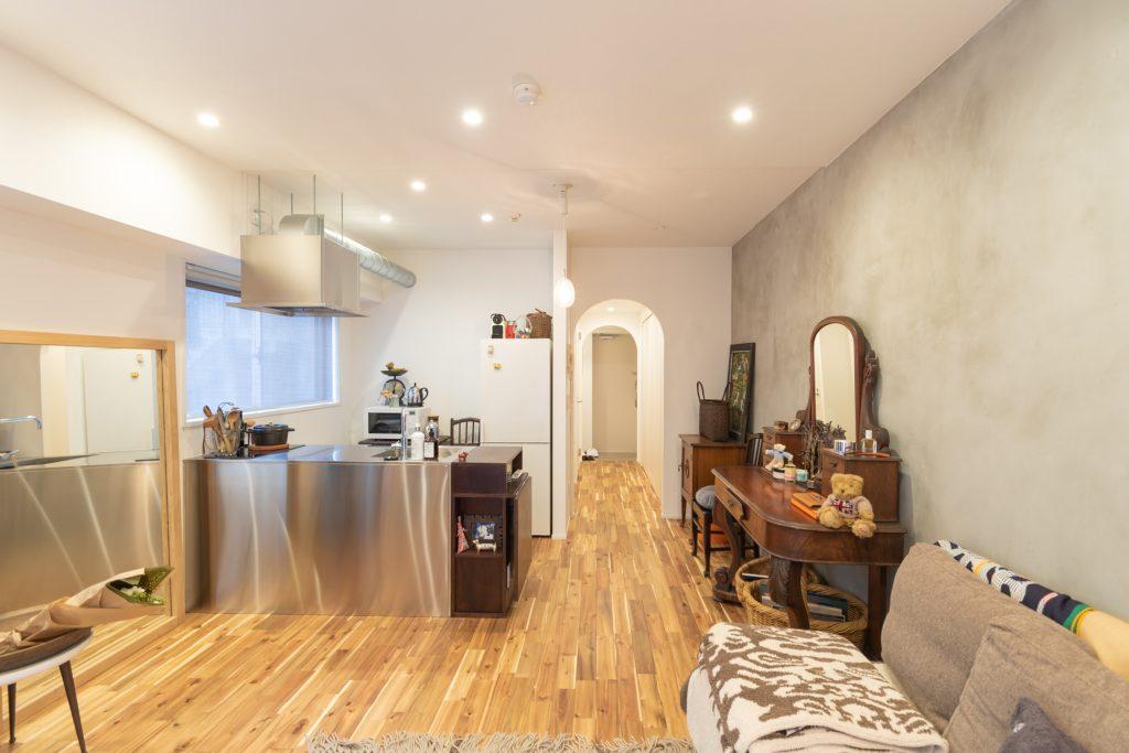 お気に入りの家具や雑貨が生き生きと。じぶん空間で安らぐワンルームリノベ。
